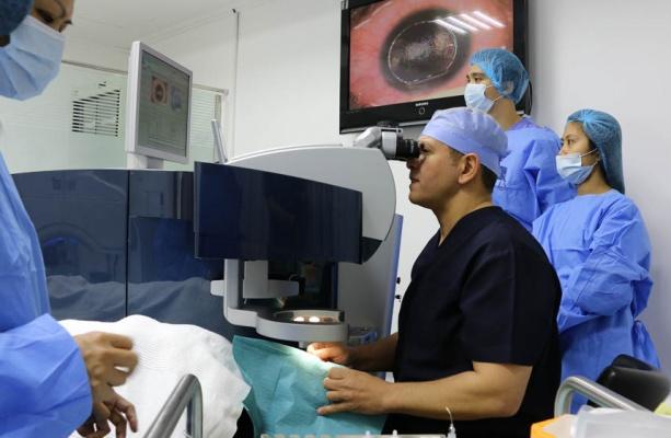 laser vision correction dubai